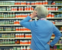 woman supplement shopping